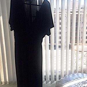 BLACK V-NECK DRESS with FITTED STRETCH WAIST